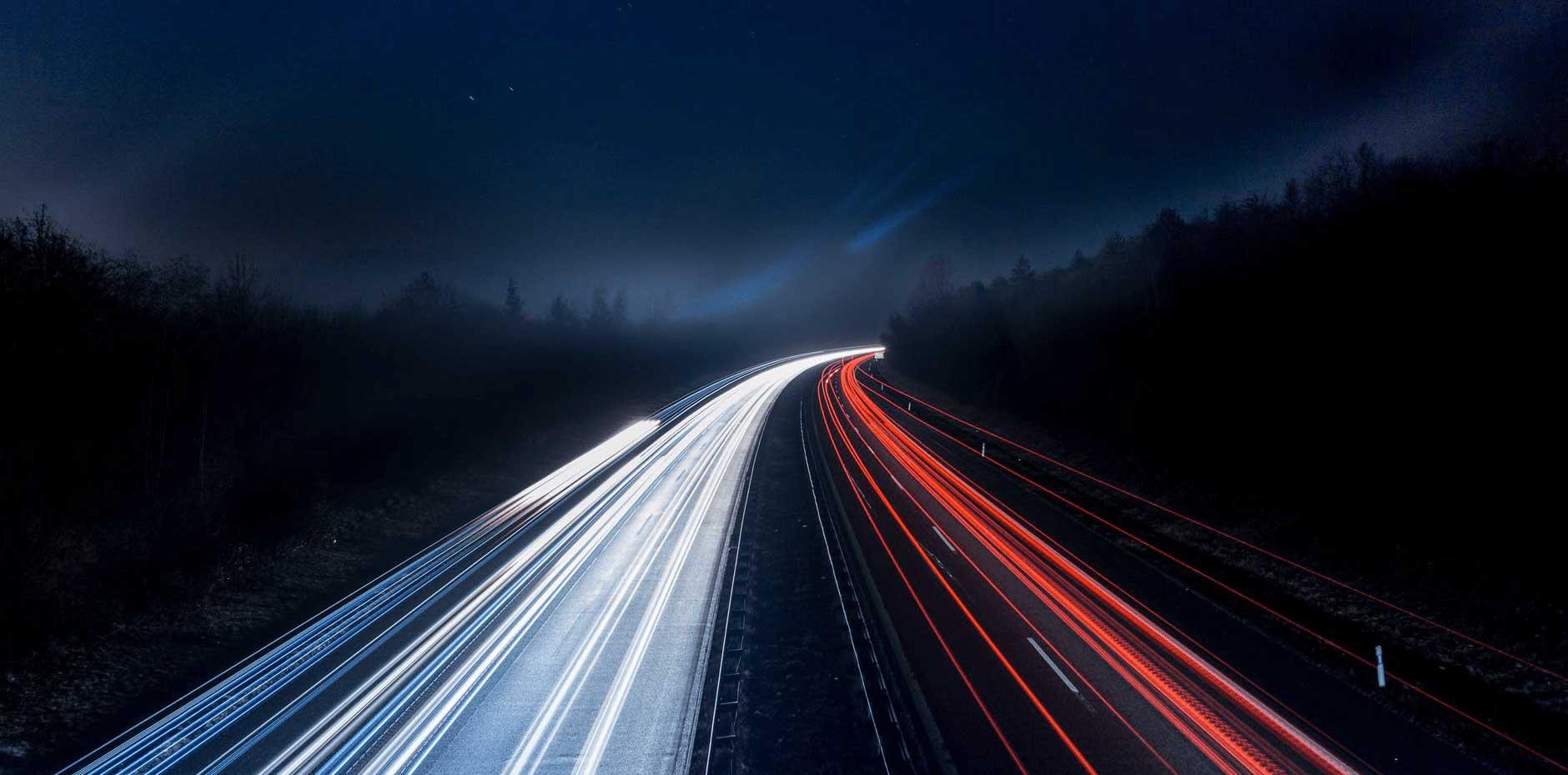 foto carretera de noche